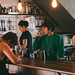 Customer Service: Understanding customer service - get the essentials